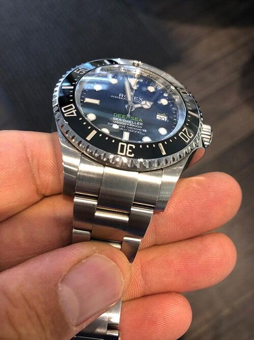 Dem Erdmittelpunkt ganz nah mit der Rolex Sea Dweller Deepsea