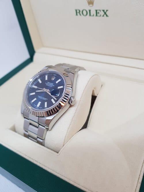 Blick auf den Handaufzug der Rolex Datejust II