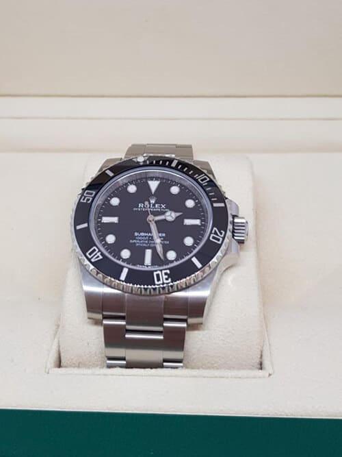Die Rolex Submariner No Date in der Frontansicht