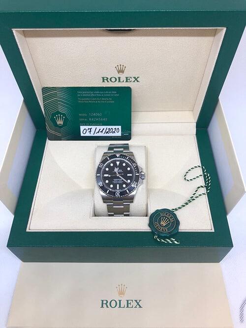 Rolex Submariner No Date mit Stahlarmband in ihrer Original-Verpackung und mit Echtheitszertifikat