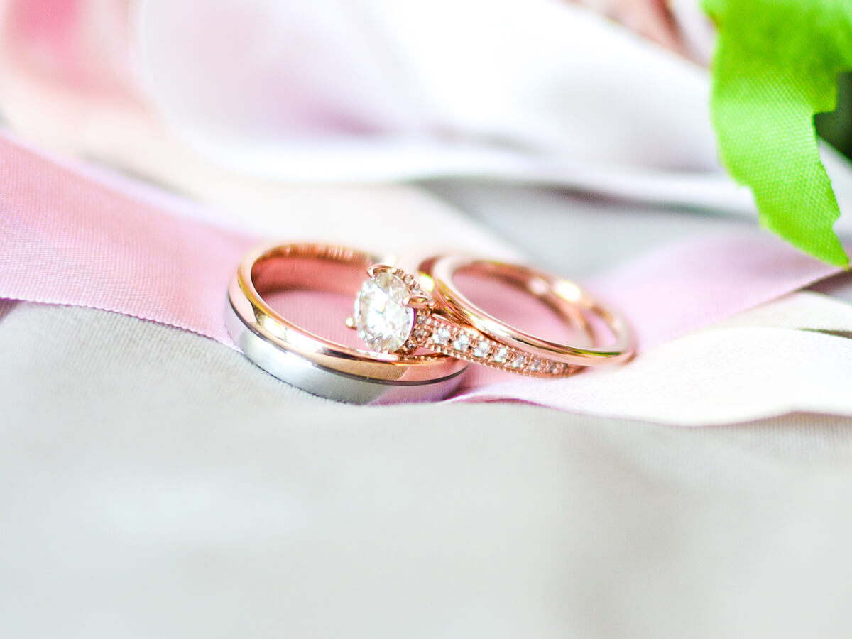 Bicolor Trauringe – der Ehering in zwei Farben