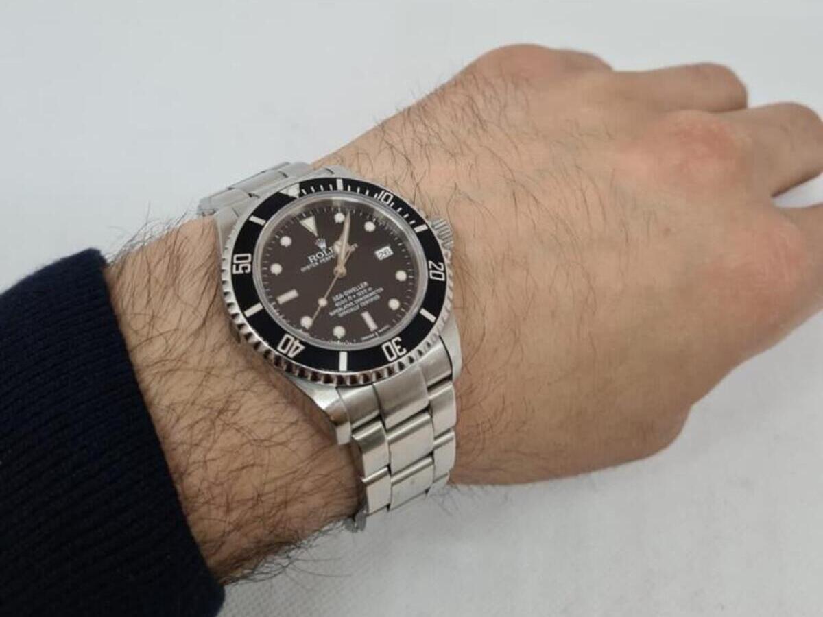 Ab in die Tiefen der Ozeane mit der Rolex Sea Dweller