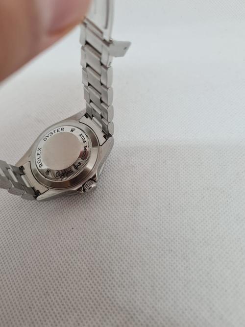 Rolex Sea Dweller Blick auf den Uhrenboden